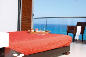 bedroom-with-sea-view